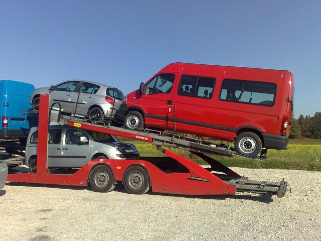 silver-car-2